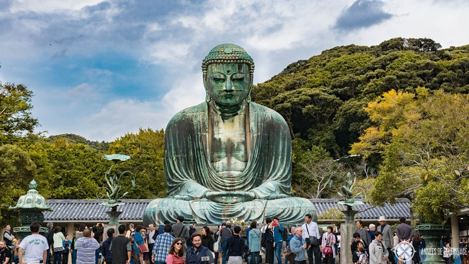 Kamakura asks visitors not to eat while walking on the streets