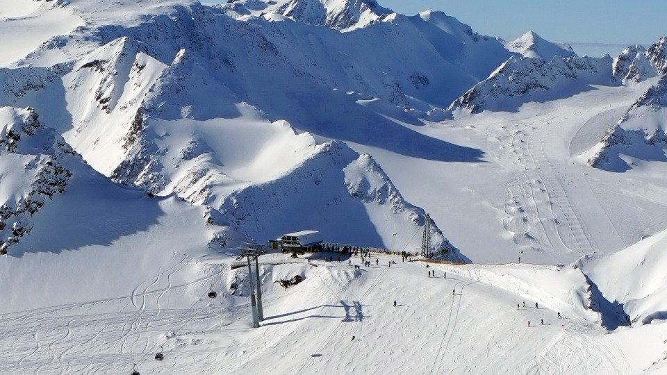 Australian Boy Killed in Avalanche While Skiing in Austria